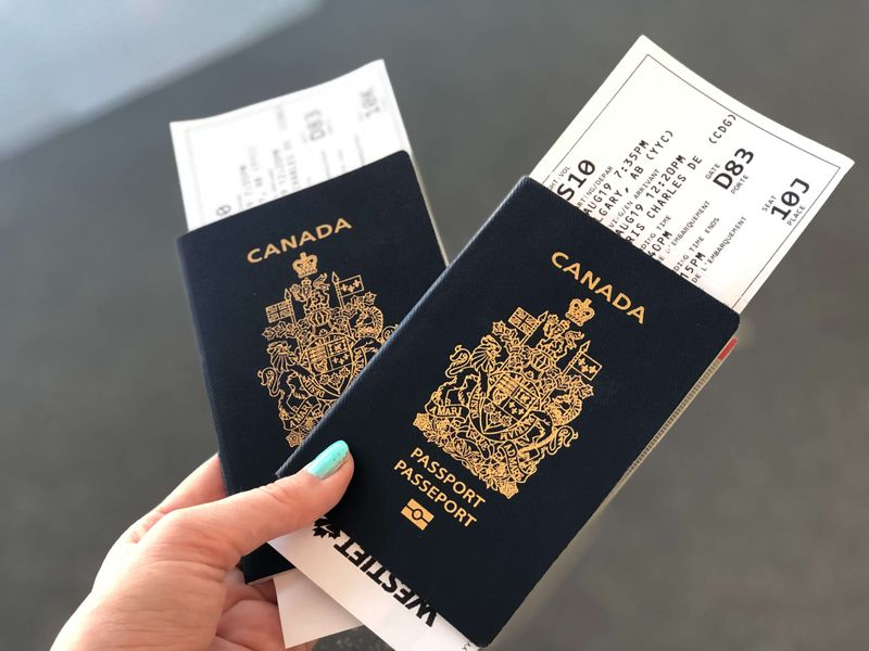 permanent resident card in Toronto, ON